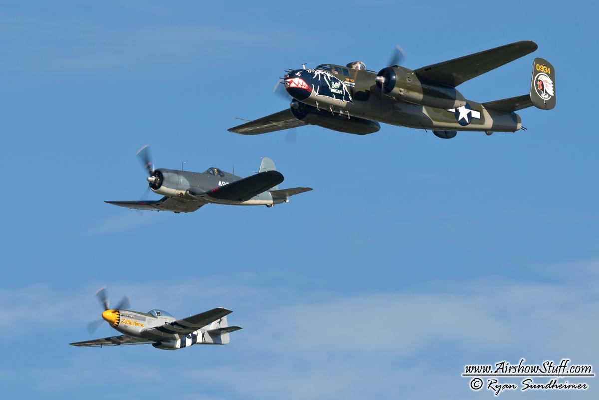 F4U Corsair AirshowStuff