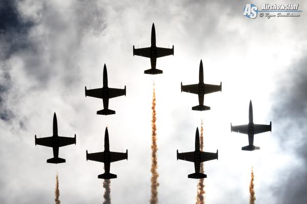 Breitling Jet Team - Vectren Dayton Airshow 2015