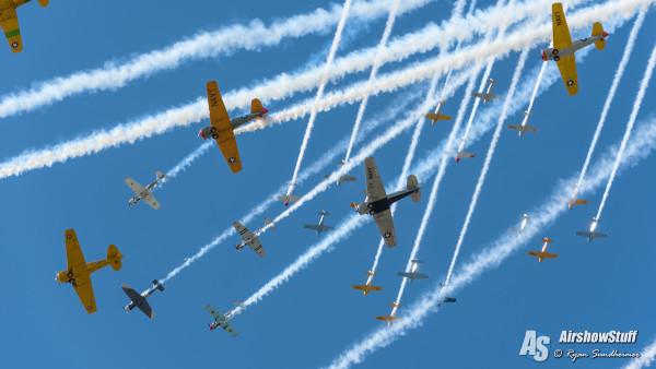 Mass Warbird Formations - EAA AirVenture Oshkosh 2015