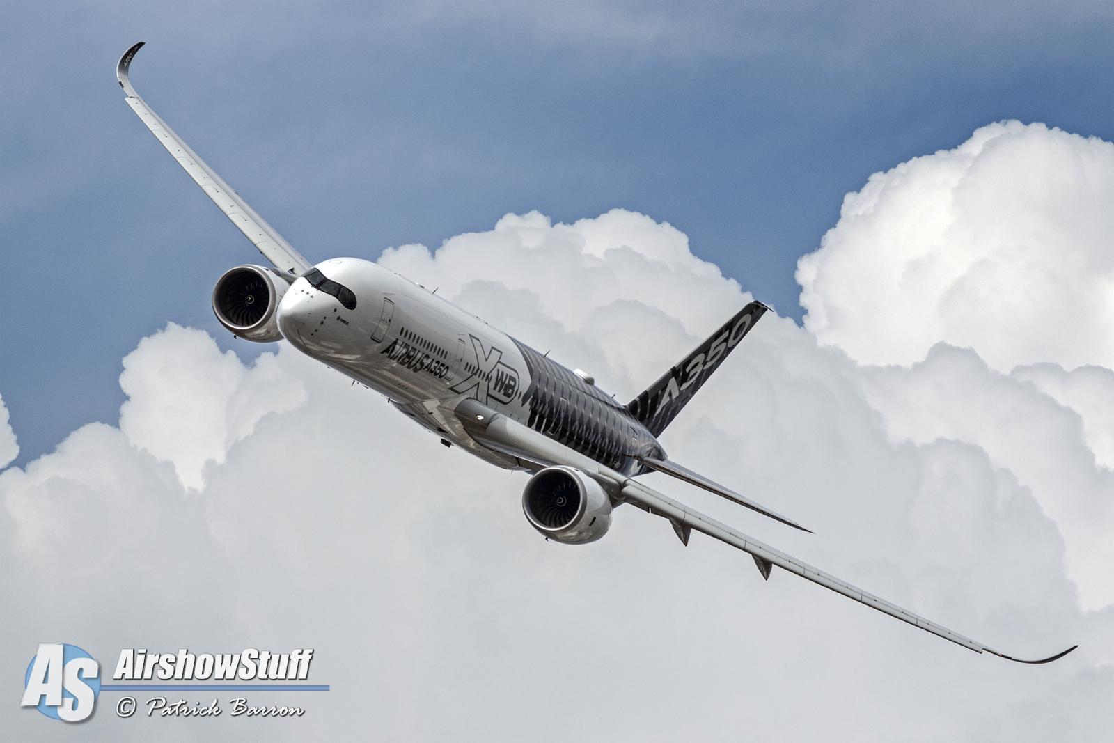 EAA Airventure Oshkosh 2015 - A350 XWB - Patrick Barron