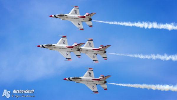 USAF Thunderbirds - Battle Creek Field of Flight Airshow and Balloon Festival 2016