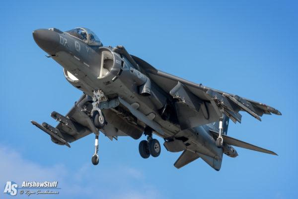 USMC AV-8B Harrier - AirshowStuff